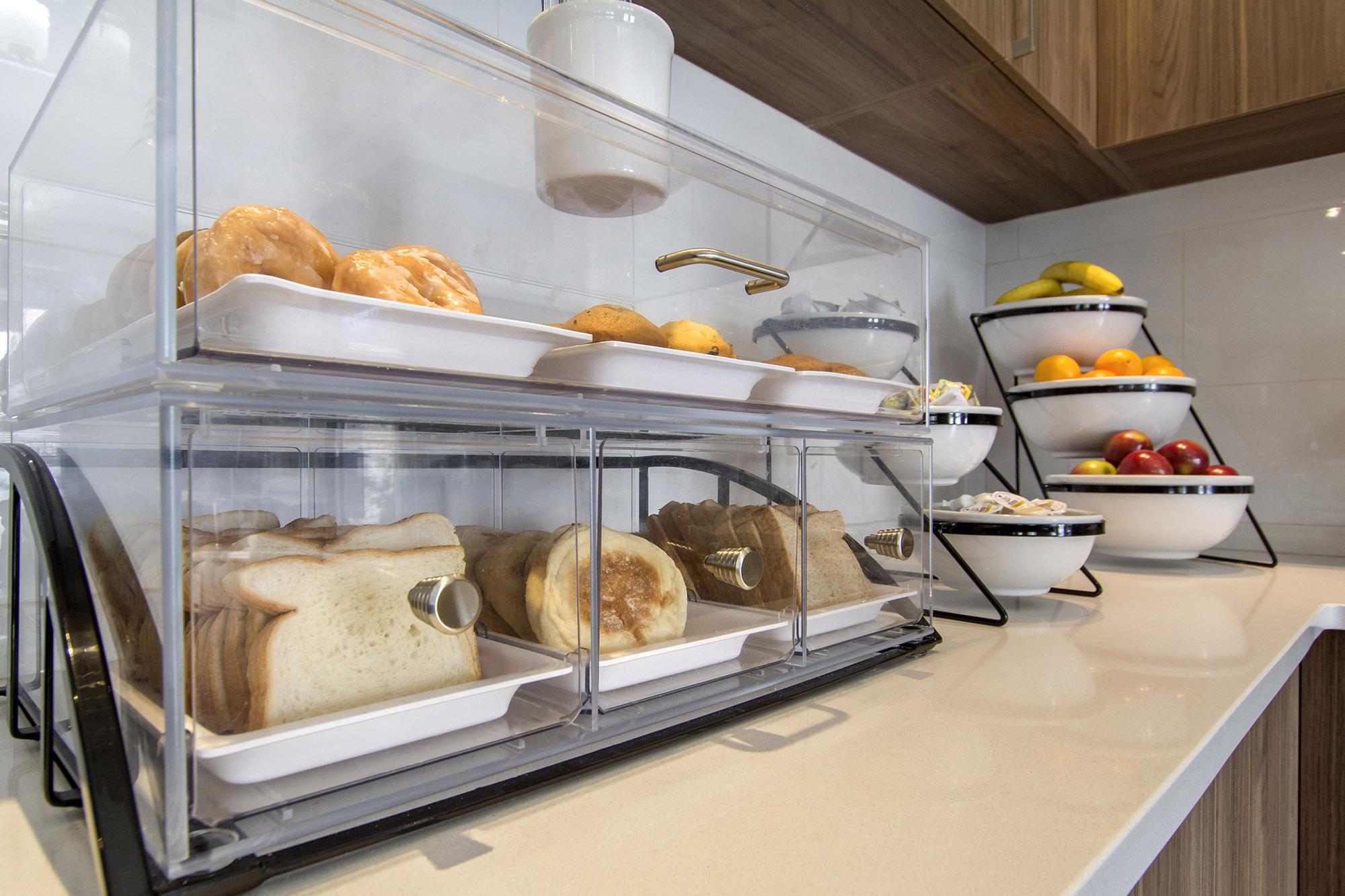 salle à manger comfort inn & suites saint-jérôme