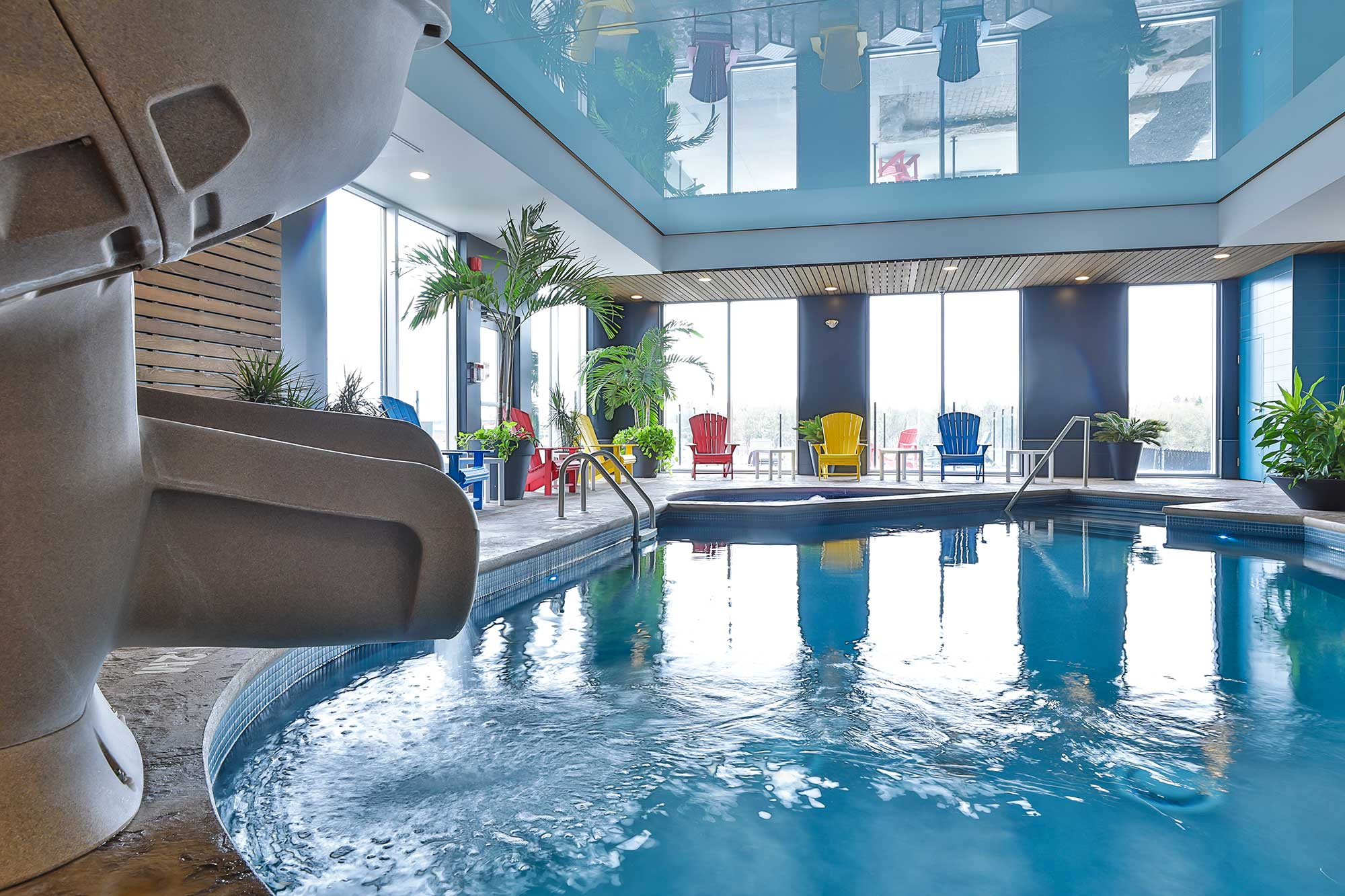 glissade d'eau comfort inn & suites saint-jérôme