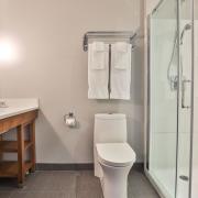 week-end en nature salle de bains comfort inn & suites saint-jérôme