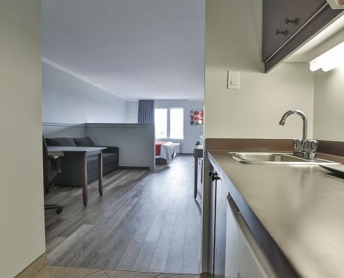 suite affaires cuisinette comfort inn & suites saint-jérôme