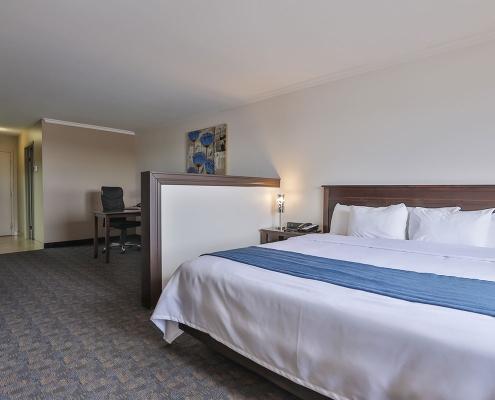 suite affaires lit comfort inn & suites saint-jérôme
